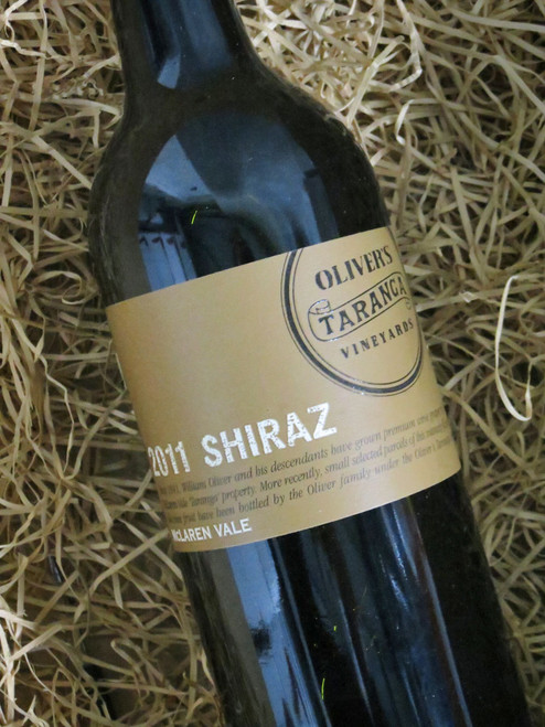 [SOLD-OUT] Oliver's Taranga Shiraz 2011