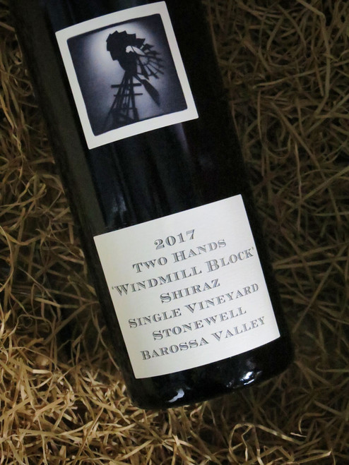 [SOLD-OUT] Two Hands Windmill Block Shiraz 2017