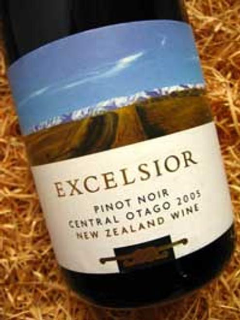Carrick Excelsior Pinot Noir 2005