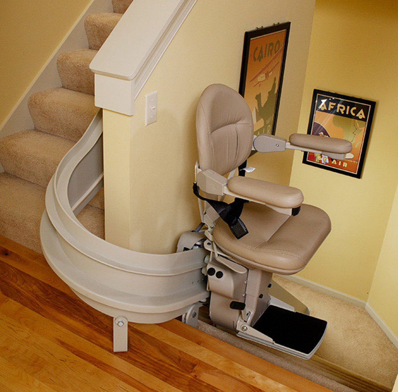 Amazing Bruno Elite Indoor Curved Stair Lift Mobility Masters Cjindustries Chair Design For Home Cjindustriesco