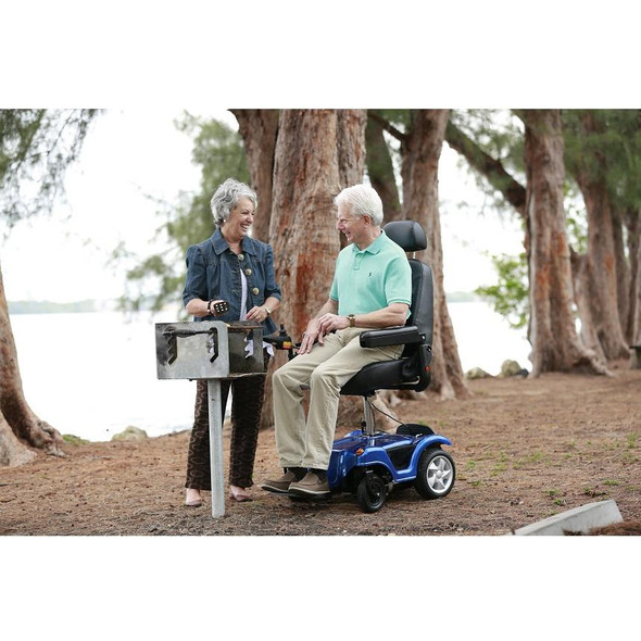 Dualer Power Chair Outside