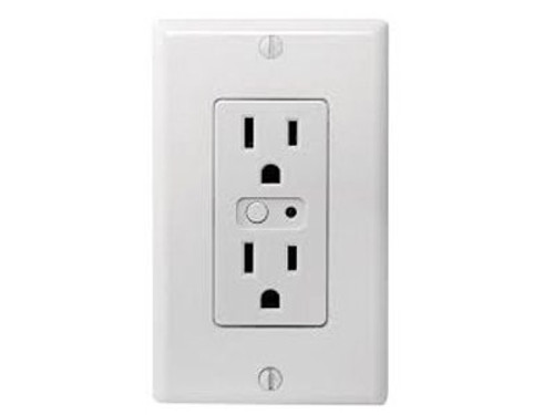 Z-Wave Wall Mounted Outlet