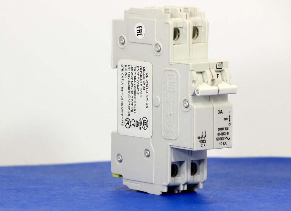 QLD28KM03 (2 Pole, 3A, 120/240VAC; 240VAC, UL Listed (UL 489))