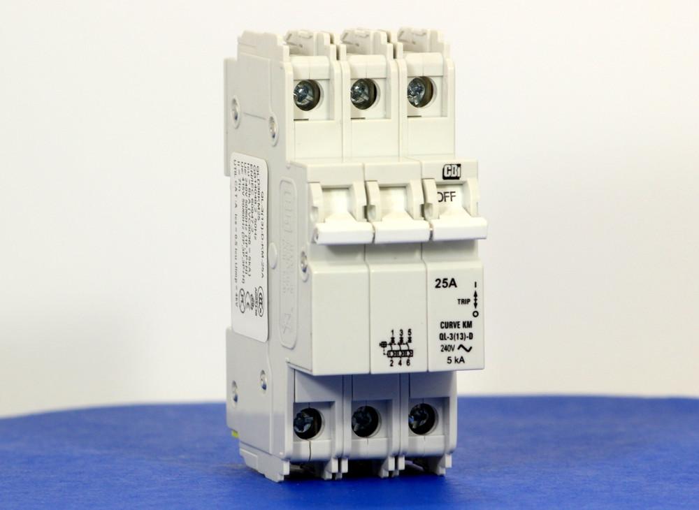 QLD38KM25 (3 Pole, 25A, 120/240VAC; 240VAC, UL Listed (UL 489))