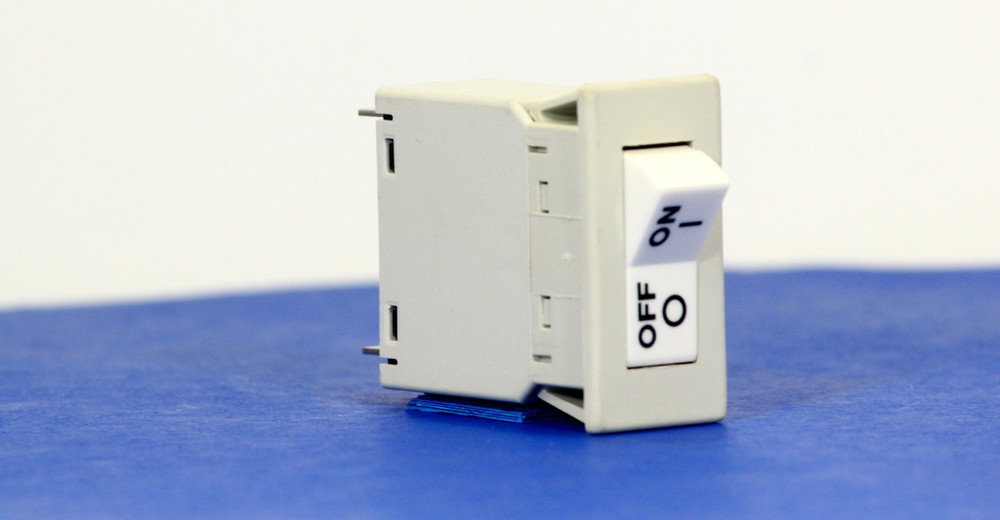 BSBM0005 (1 Pole, 5A, 240VAC, Quick Connect, Series Trip, UL Recognized (UL 1077))