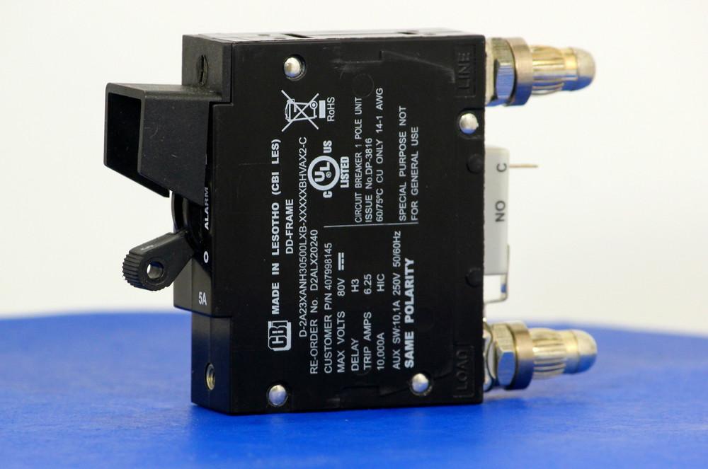 D2ALX20240 (1 Pole, 5A, 80VDC, Plug-In Terminals, Series Mid-Trip w/alarm, UL Listed (UL 489))
