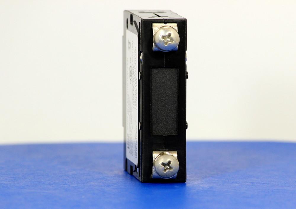 DDAB40005 (1 Pole, 20A, 120VAC, Screw Terminals, Series Trip, UL Listed (UL 489))