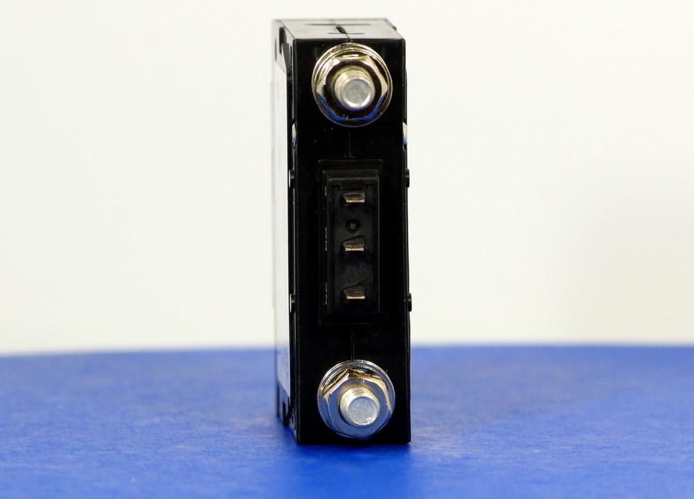 D2AKXA0435 (1 Pole, 60A, 80VDC, Stud Terminals, Series Trip w/Aux, UL Listed (UL 489))