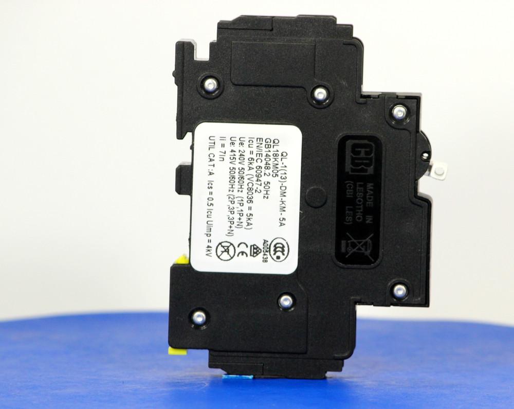 QL18KM05 (1 Pole, 5A, 120VAC; 240VAC, UL Listed (UL 489))