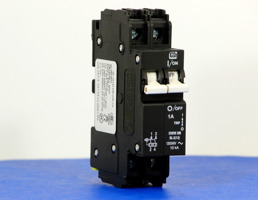 QL28KM01 (2 Pole, 1A, 120/240VAC; 240VAC, UL Listed (UL 489))