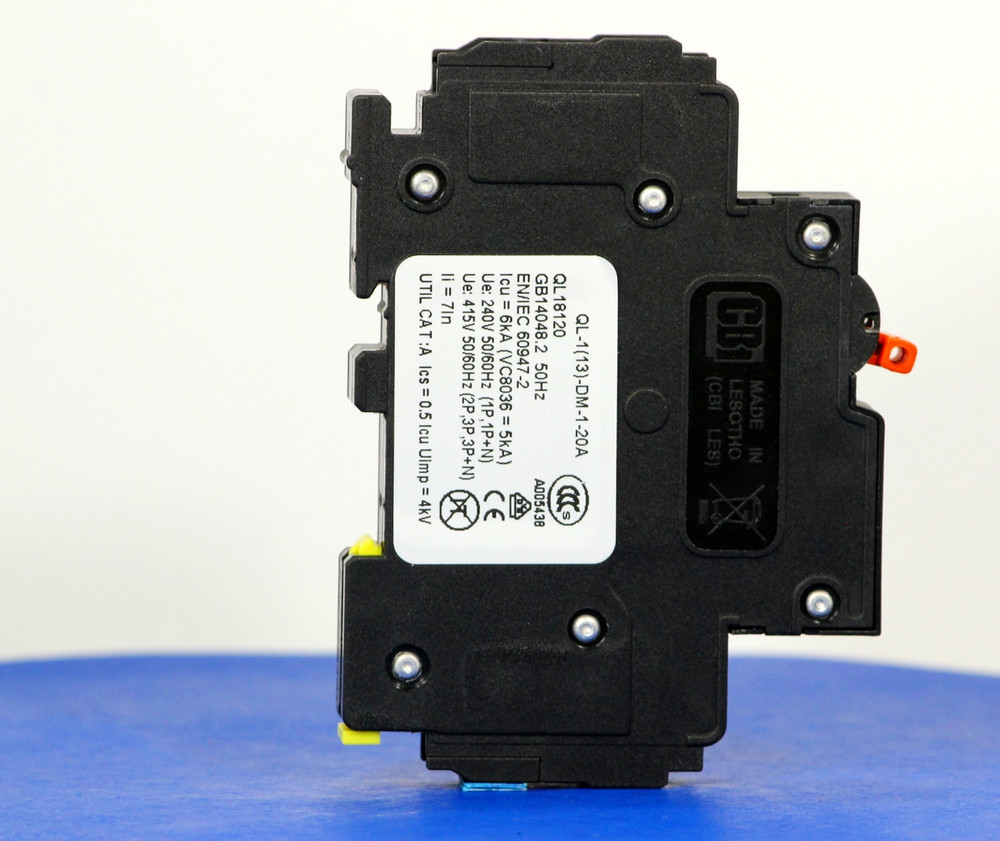 QL18120 (1 Pole, 20A, 120VAC; 240VAC, UL Listed (UL 489))