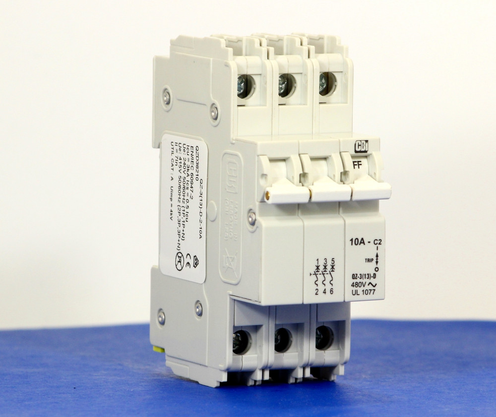 QZD38210 (3 Pole, 10A, 277/480VAC, UL Recognized (UL 1077))