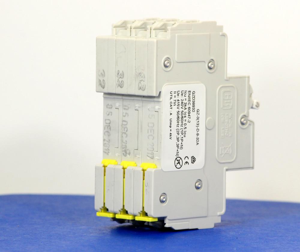 QZD38932 (3 Pole, 32A, 277/480VAC, UL Recognized (UL 1077))