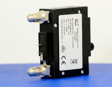 DDA130032 (1 Pole, 100A, 80VDC, Plug-In Terminals, Series Mid-Trip w/alarm, UL Listed (UL 489))