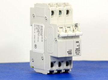 QYD39U220B0 (3 Pole, 20A, 80VDC, UL Listed (UL 489))