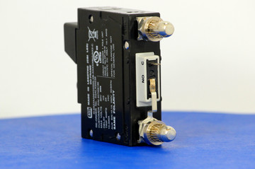 D2ALX20239 (1 Pole, 20A, 80VDC, Plug-In Terminals, Series Mid-Trip w/alarm, UL Listed (UL 489))