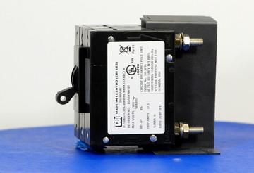 D2ABXW0101 (3 Pole, 30A, 240VAC, Stud Terminals, Series Trip, UL Listed (UL 489))