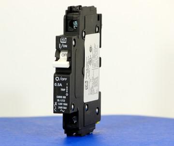 QL18KM0.5 (1 Pole, 0.5A, 120VAC; 240VAC, UL Listed (UL 489))