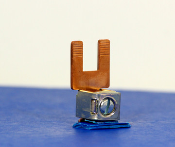 3190530 (2 Pole Copper Bridge, 50 mm² box term, (WG 2/0))
