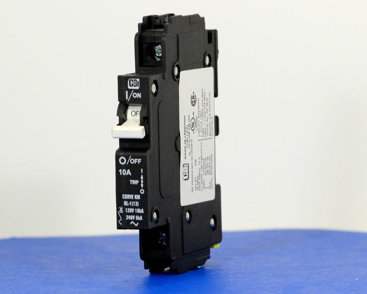 QL18KM10 (1 Pole, 10A, 120VAC; 240VAC, UL Listed (UL 489))