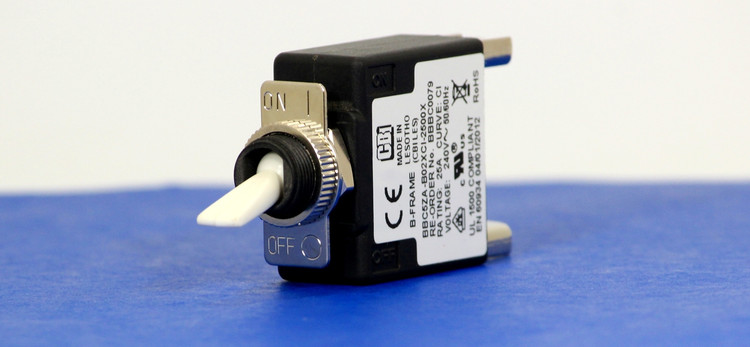BBBC0079 (1 Pole, 25A, 240VAC, Clamp Terminal, Series Trip, UL Recognized (UL 1077))