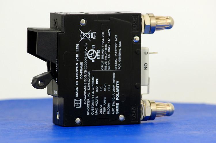 D2ALX20238 (1 Pole, 15A, 80VDC, Plug-In Terminals, Series Mid-Trip w/alarm, UL Listed (UL 489))