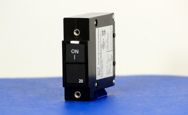 CBSBXQ0007 (1 Pole, 20A, 120VAC, Quick Connect Terminal, Series Trip, UL Listed (UL 489))