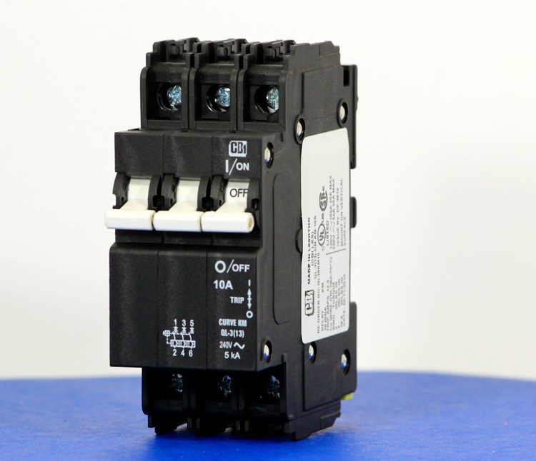 QL38KM10 (3 Pole, 10A, 120/240VAC; 240VAC, UL Listed (UL 489))