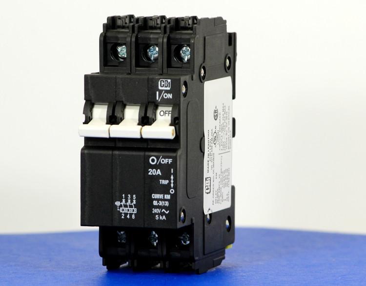 QL38KM20 (3 Pole, 20A, 120/240VAC; 240VAC, UL Listed (UL 489))