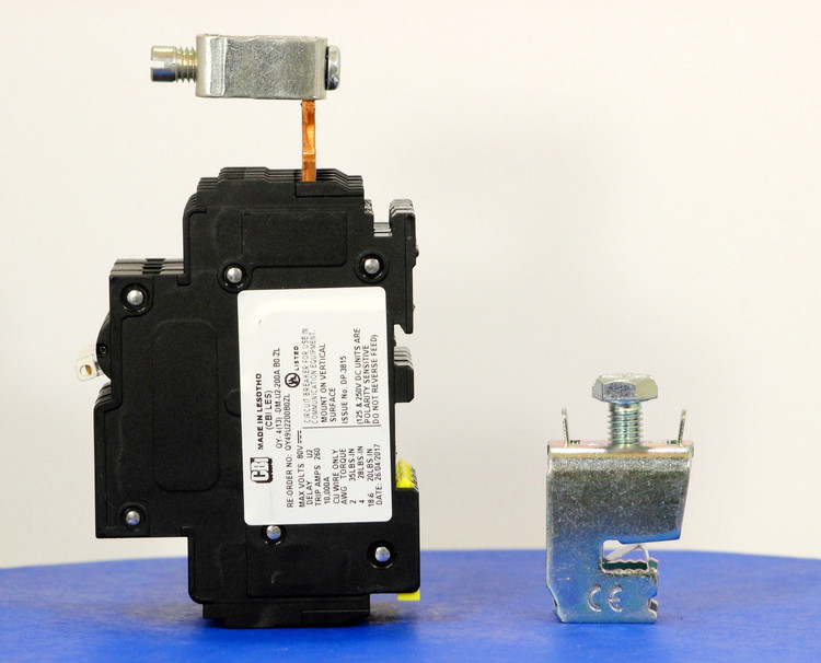 Qkit200A01 (Telecom Kit 3799254000 Breaker + Clamp)