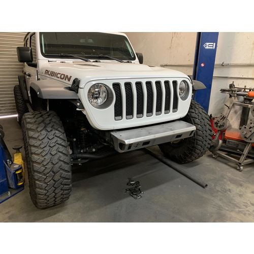 Jeep JL/JLU/JT Front Stubby Bumper With Fair Lead 18-Present Wrangler JL/JLU and JT 2/4 Door Comp Series Excessive Industries - EI6016135-HVLM
