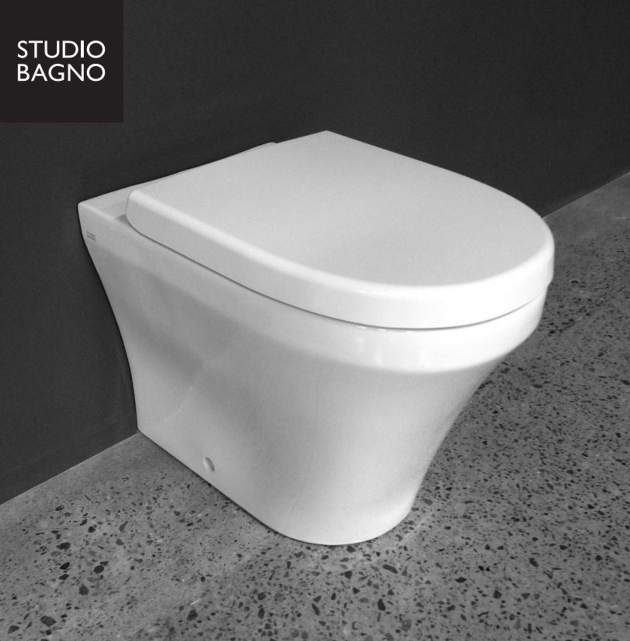 Studio Bagno Q Wall Faced Pan In Wall S Trap Q002