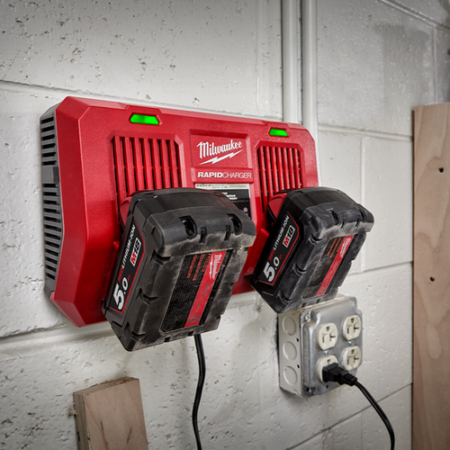 Milwaukee 18V Li-Ion Dual Bay Simultaneous Rapid Charger M18DFC