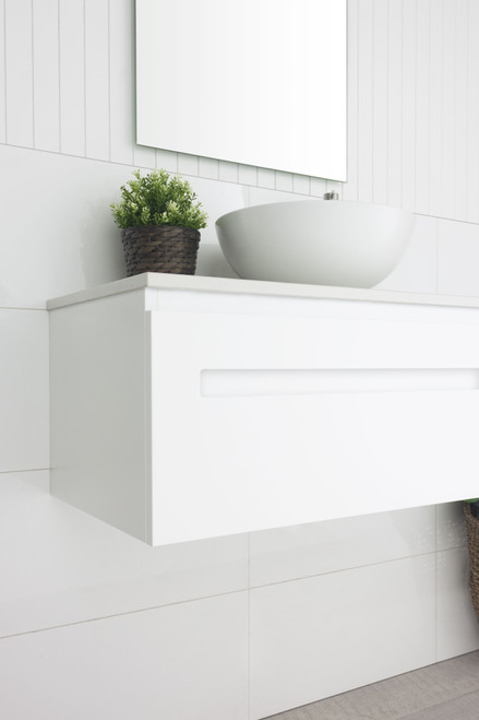 Marquis Rossi 3 900mm Matte White Wall Mounted Vanity with Ceaserstone Top with Liso Matte White Basin RO0390WCA