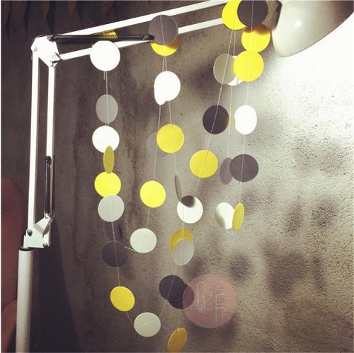 Paper Circle Garland (2.2meter) - Black & Yellow