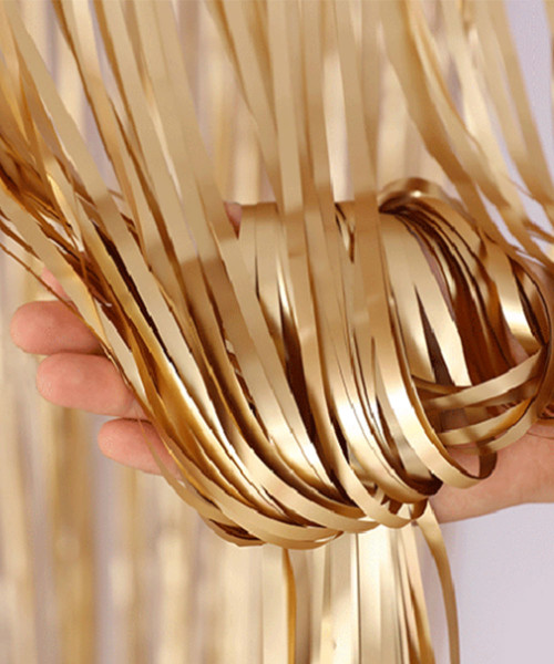 Streamer Curtain Fringe Backdrop (1meter x 2 meter) - Metallic Ollie Gold