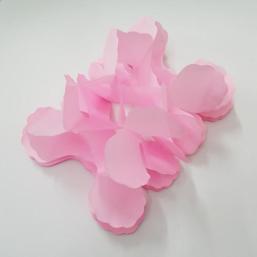 Tissue Paper 4-Leaf Clover Garland (3.6 meter) - Light Pink