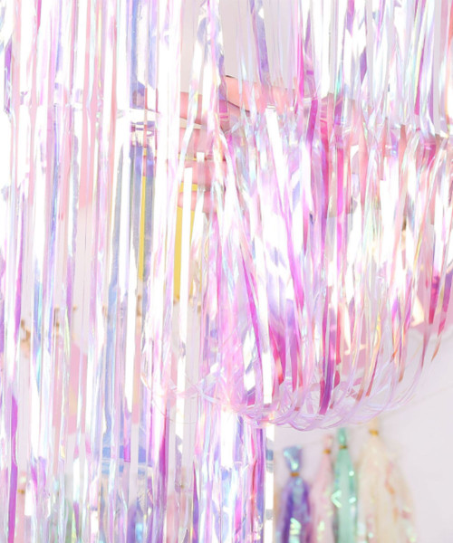 Streamer Curtain Fringe Backdrop (1meter x 2 meter) - Holographic Lilac