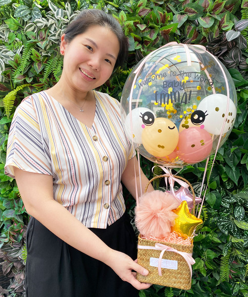 [Welcome, Little One!] Personalised Name Welcome to The World Balloons Bouquet Basket (In-The-Air Series) - Precious Baby Girl