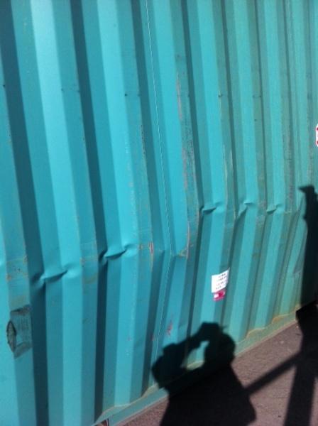 Conventional flexitank container damage