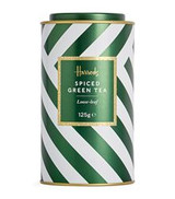 DETAILS Loose-leaf green tea 125g OVERVIEW A Chinese take on Christmas, this Harrods spiced green tea blends together all the flavours of the season for a festive variation on your classic cup. Drawing on the intense notes of cinnamon, cloves, orange and ginger, they unite to produce a smooth blend for delighting guests as you lounge by the twinkling tree lights.  INGREDIENTS For allergens, see ingredients listed in bold: Green tea (80%), cinnamon, orange, blossom, sweet blackberry leaves, flavourings, clove buds, ginger, cardamom seeds, safflower petals, natural orange flavouring oil, natural clove flavouring oi