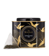 This tea from The Wolseley Collection blends smooth green tea with sweet notes of jasmine blossom from Southern China. Blending the smooth flavour of green tea with the sweet notes of jasmine blossom from Southern China, this tea from The Wolseley Collection boasts a balanced and distinctive taste. The palatable blend of flavours creates a refreshing and delicate aroma – perfect for an evening cup of tea.   NUTRITIONAL INFORMATION-PER 100G   NEED TO KNOW 40g 20 pyramid teabags INGREDIENTS-ALLERGENS IN BOLD For allergens, see ingredients listed inbold: Green tea, jasmine flower.