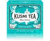 BLUE DETOX Plunge into the heart of the Caribbean with this exotic and fruity blend of maté, green tea and rooibos flavoured with a note of savory and captivating pineapple. Its voluptuous texture awakens the senses for a moment of escape and pure well-being.  Infusion time 3-4 min  Infusion temperature 90°C  Perfect for iced tea  INGREDIENTS  Green tea (36%)  Rosehip seeds  Mate (17%) Rooibos  Mint  Pineapple flavouring  Guarana seed Nettle leaves  Sunflower petals