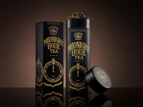 As the clock chimes midnight, this tea unfurls a magical infusion of decaffeinated black tea delicately blended with fragrant tropical fruits. A tea to transform and renew.    Net Weight : 100g