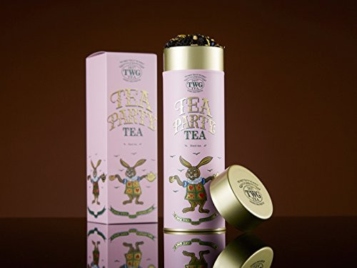 Surrender to the rich, warm and golden infusion of this black tea inflected with notes of pineapple and Mediterranean orange that infuses into a cup of orchard sweetness. A perfect blend to pair with tea cakes and sandwiches   Net Weight : 100g