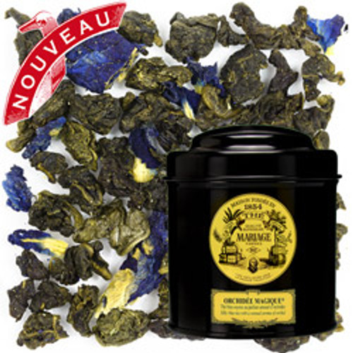 A subtle, velvety blue tea is deliciously flavoured with the scent of orchid – sensual, refined and irresistibly exotic. The cup with its fascinating blue reflections beholds an enchanting, delicate liquor.