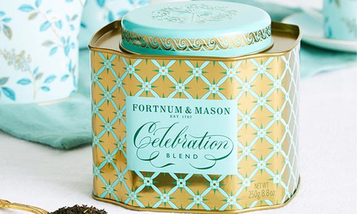 A jubilant blend of strong Assam and hint of fragrant Jasmine, our new Celebration Blend tea is just the cup for every hooray-worthy moment, and only the beginning of another perfect teatime.  Weight: 250g  Box Dimensions: 11cm(H) x 11cm(W) x 10cm(D)