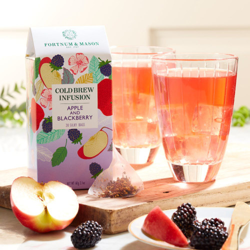 This delicious blend of sweet apple and flavourful blackberry is the perfect on-the-go pick me up. Our new range of Cold Brew Infusions are easy to enjoy whenever and wherever you go. Simply pop a bag into your Fortnum's water bottle or serve inside our iced tea jug to share your favorite flavor with friends