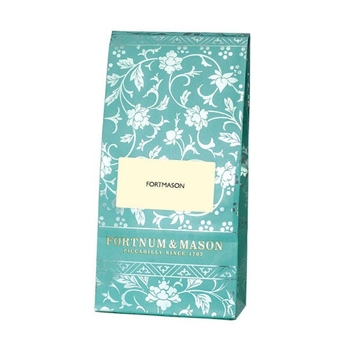A fine blend of Indian and China teas that is then perfumed with the delicate aroma of orange blossom to produce a subtle, floral flavour. Fortnum's aromatic Fortmason Tea Blend is best served in the afternoon with or without milk.  Perfect for topping up your existing Fortnum's tea caddy
