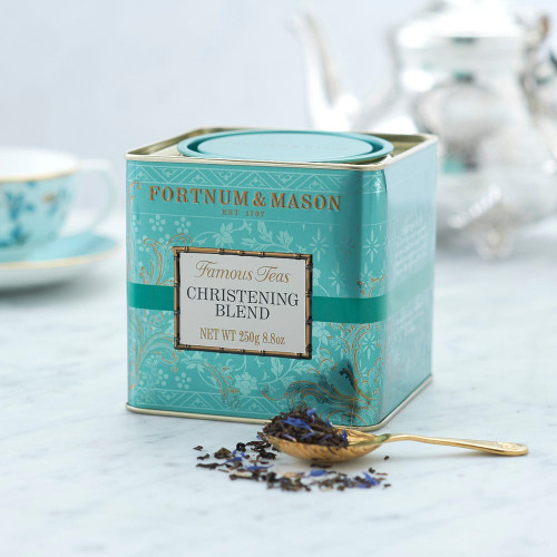 To mark the christening of HRH Prince George of Cambridge, this celebratory tea infuses notes of muscatel lifted by bergamot tones for an elegant twist on classic Earl Grey. Presented in our signature eau de nil tin, this makes for a lovely commemorative gift.